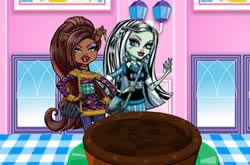 Monster High Bolo De Chocolate